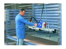 The VacuMaster Basic, 250kg capacity for handling stainless steel sheets