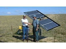 Distributor Richard Bentley (left) and farmer Graham Willis at the Willis farm in Meningie, SA.