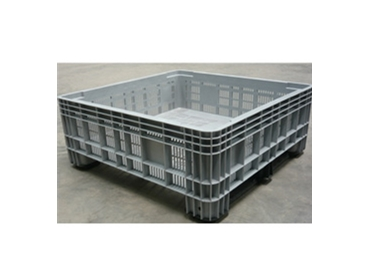 Feed Storage Plastic Bins