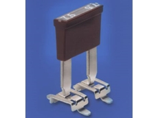 Surface mount clips for mini blade fuses