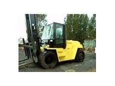 Auction of used forklifts