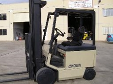 NSW Lift Trucks offer cheap rental of Crown Forklifts