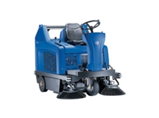 FLOORTEC R 680 ride on sweeper