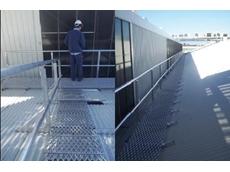 Verticlink premium aluminium roof walkway system