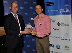 Hon. Gordon Rich-Phillips MLC presenting the iAward to OFS National Sales Manager James Magee