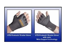 Available with and without wrist support.
