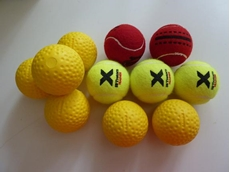 Kanon Cricket Bowling Machine with Hard Dimpled Balls from OTB Products