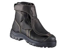 Oliver's new Smelter boots provide aluminium smelting and hot metal industry safety