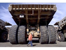 Safety on site: How to reduce the risk of collisions in the factory and on mine sites