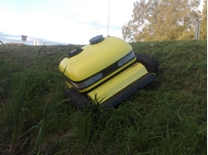 Lynex LX 1000 Remote Controlled Flail Slope Mower