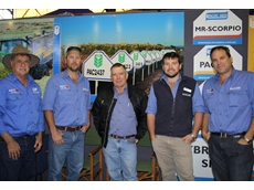 TM Bill Smith, agronomist Trevor Philp, David Loughnan, 'Jackson', Jondaryan, TM Tom Ferguson and TM Jason McIntosh