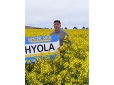 Tony Ludeman's Hyola 559TT crop scored an impressive 3t-ha and 46% oil at Dookie