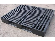Medium duty industrial pallets