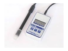 theThe  GLF100RW conductivity meter