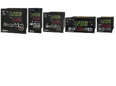 SDM series temperature controllers with universal input, universal output, fuzzy logic and program control