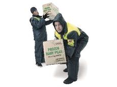 The Pro-Val Freezer Wear locks-in body warmth.