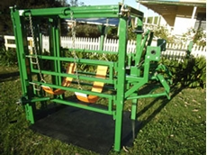 RP Hoof Works cattle hoof access system
