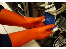 IsoArb electrical insulating gloves provide low voltage insulation, Class 0 up to 1,000V