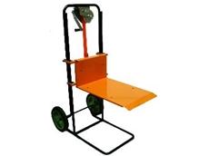 Portable lifting trolley