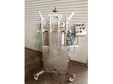AMF 4 cylinder automatic filling machines are suitable for use with food and pharmaceutical products