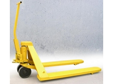 Pallet truck manufactured in 1977 continues to be in working condition