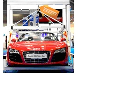 Robotunits fastening technology suspends an Audi R8 Spyder