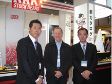 (L-R) Naoji Kohara, General Manager KHK Co., Gordon New, General Manager, Ronson Gears and Toshi Kohara, President, Kohara Gear Industry