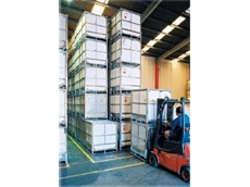 Hopper 500kg and 1000kg dry goods Intermediate Bulk plastic boxes