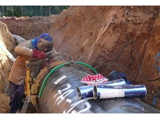 Pipeline welding in a trench