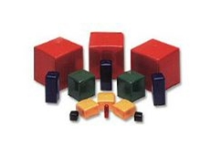 Square caps are manufactured in 14 different sizes.