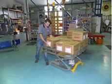 The Palift pallet leveller in operation