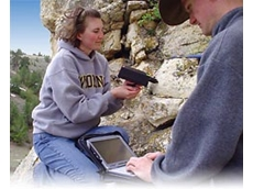 Geologic field spectrometer available from Scitech