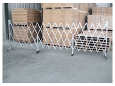 Heavy Duty Expanding Barriers