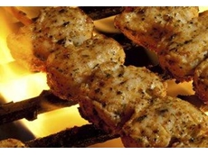 Chicken skewers are amont the wholesale food products available