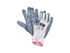 Find the right fit with Signet's hand protection solutions