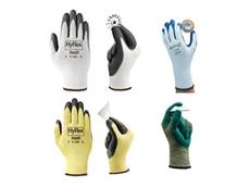 Signet's gloves