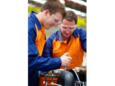 Sullair's new service programs for compressed air systems