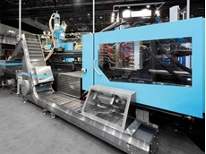 El-Exis SP machines are specially developed for high-speed packaging applications. Photo by Sumitomo (SHI) Demag