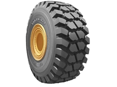 BKT SR41: Extra deep non-directional sturdy tread pattern provides excellent stability and traction in small maneuvering space.