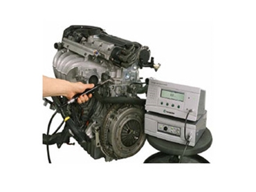 Pressure decay and vacuum decay leak tests