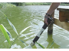 The bbe AlgaeTorch algae measurement instrument is simply dipped into the water to measure the algae cells