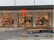 ATDC's stylish retractable security shutters were installed across three adjacent shopfront windows at the H+M store.