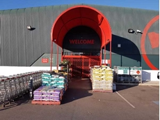 The S06 security door has been specified for Bunnings stores in a red powder-coated finish
