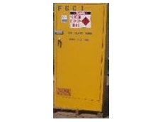 Flammable goods cabinet
