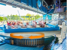 Harnessed energy chain system speeds up water ride boats