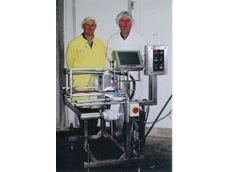 Tronics' Richard Wallis (left) and David Arnold from T&R Pastoral with the Videojet DataFlex Direct Thermal Overprinter.