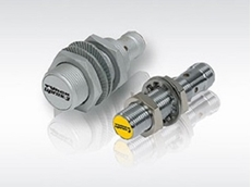 IO-Link capable uprox3 sensors allowing more flexibility