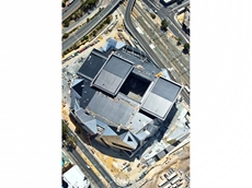 Vector Lifting installs retractable roof at the Perth Arena