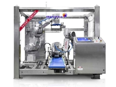 Adaptapack robotic case packer