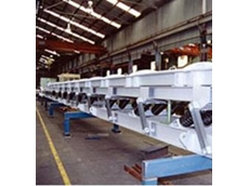 Natural frequency conveyor